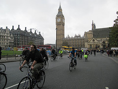 Tour Du Danger at Parliament Square by Mark Ames (cc by-nc-sa)