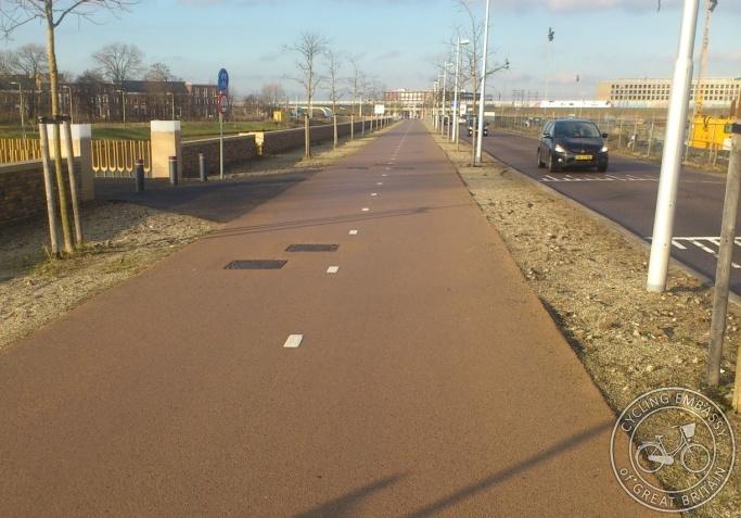 Cycle path Utrecht Leidsche Rijn