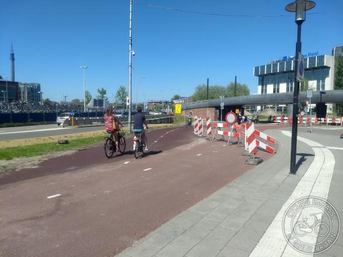 Bi-directional cycleway diversion Utrecht