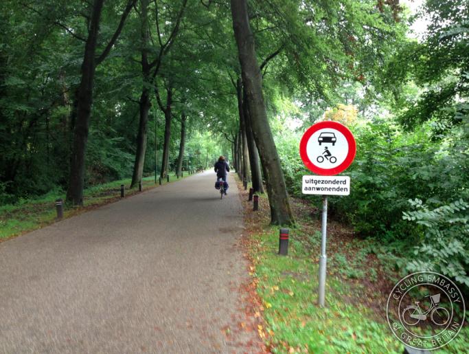 Rhijnauwenselaan, near Bunnik