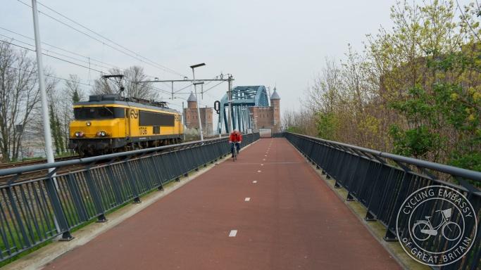 Snelbinder cycling bridge Nijmegen