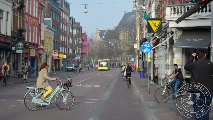 Cycle tracks Nobelstraat Urecht