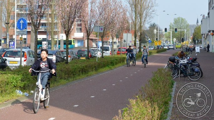 Bi-directional cycleway Wageningen