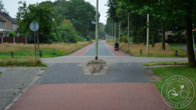 Access road with cycle lanes cycle path
