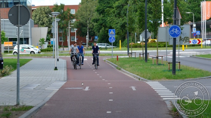 Bi-directional cycleway Zwolle