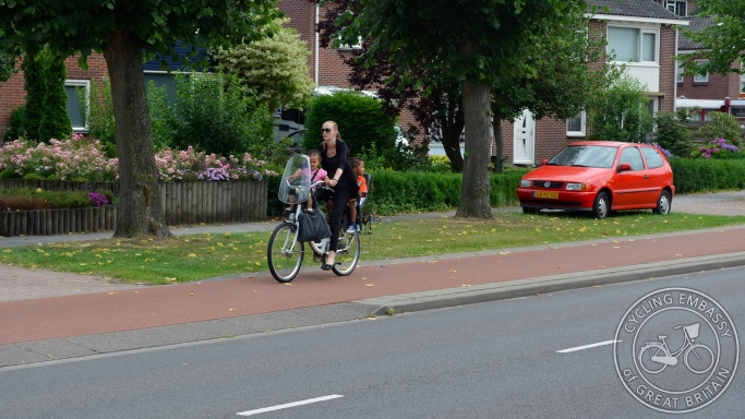 Stepped Cycleway Nobellaan Assen