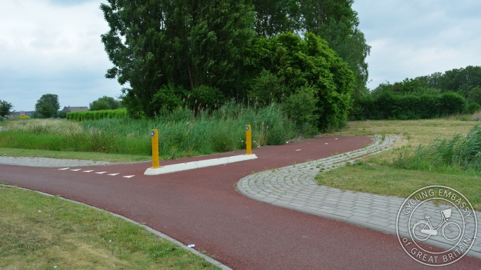 Cycling infrastructure connecting with future development, Elst, NL