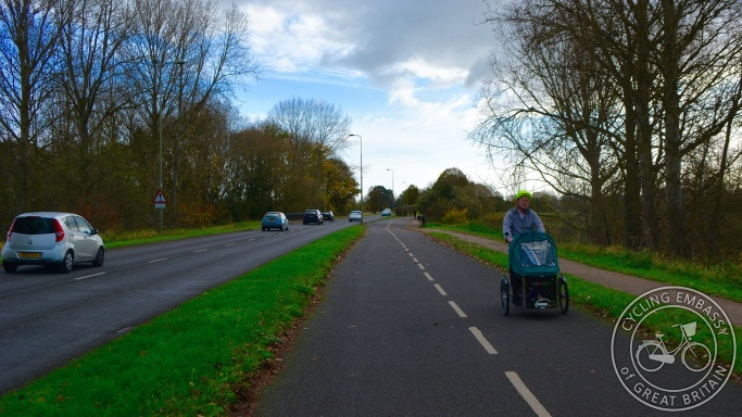 Marston Ferry Road bi-directional cycleway Oxford
