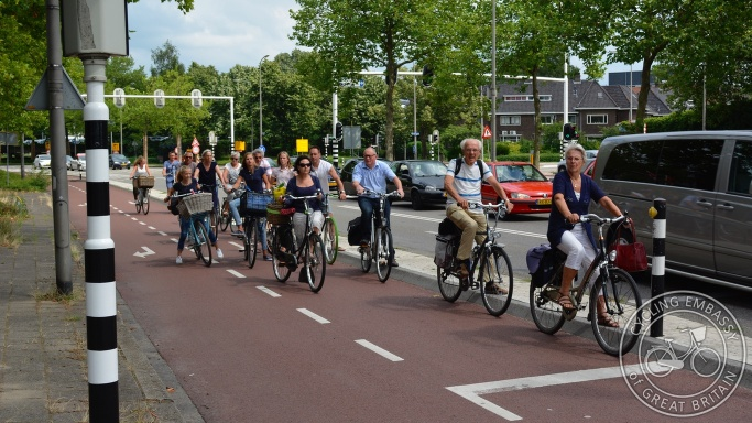 Protected cycleway with separated turns, Zwolle, NL