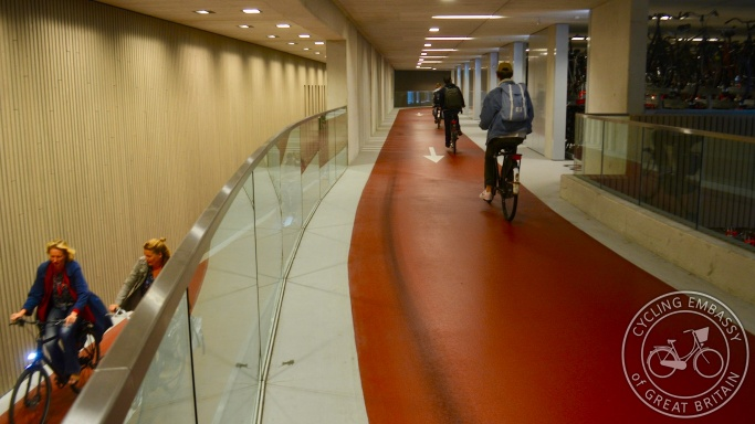 Cycle parking, Utrecht, Utrecht station, NL