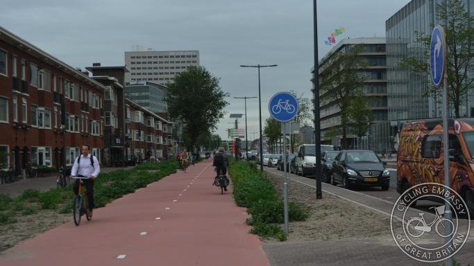 Bi-directional cycleway, Croeselaan, Utrecht, NL
