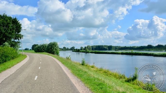 Rural cycle path, Zwolle, NL