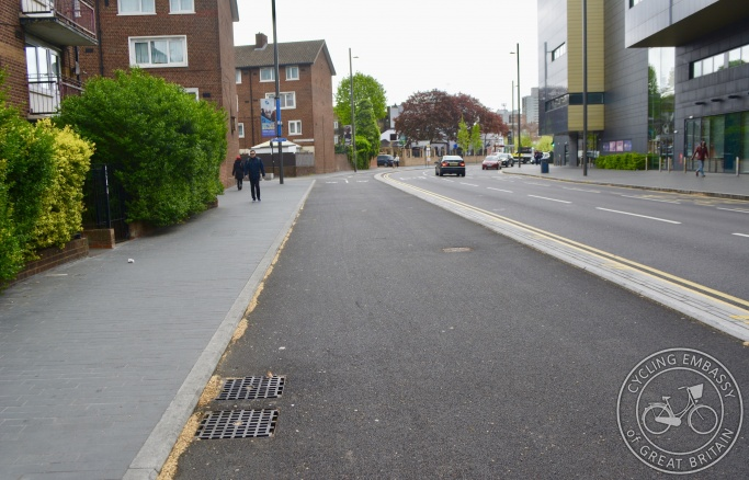 Bi-directional protected cycleway, Stratford, London