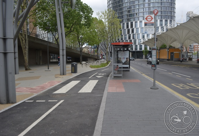 Protected cycleway with floating bus stop, Stratford, London