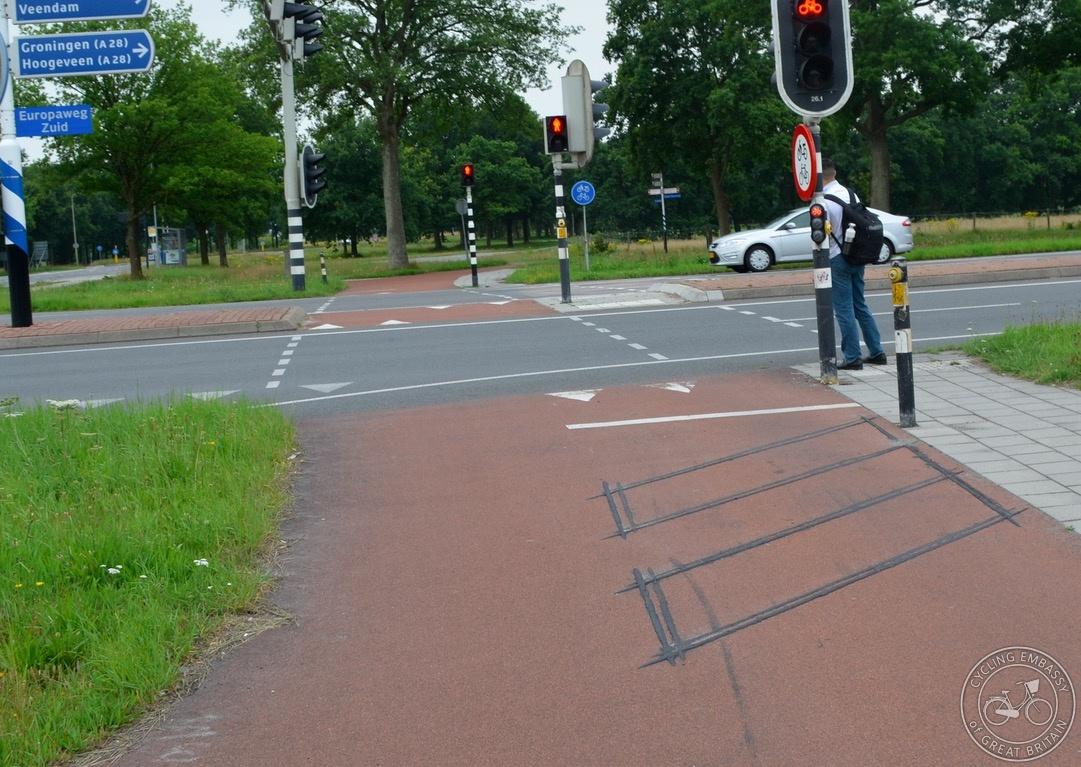 Detector loop in cycleway