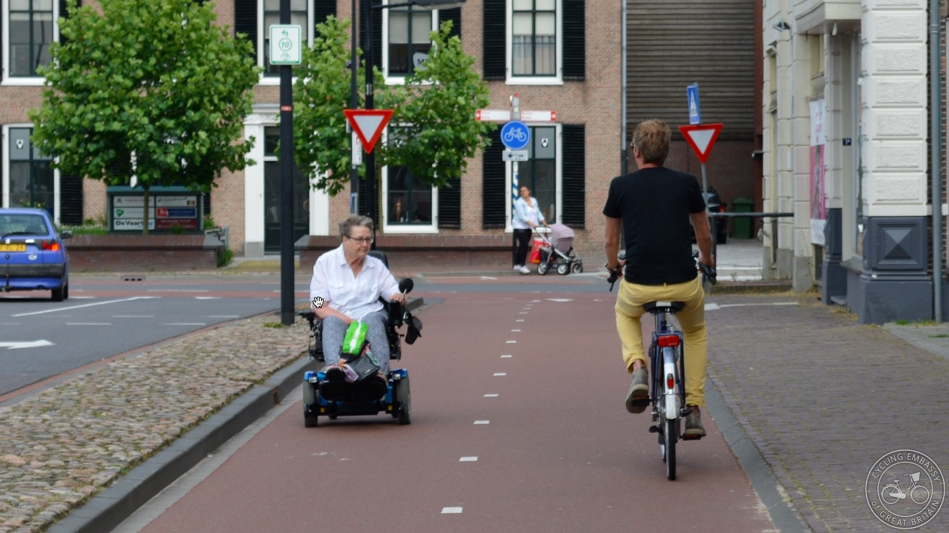 Powered wheelchair Assen cycleway