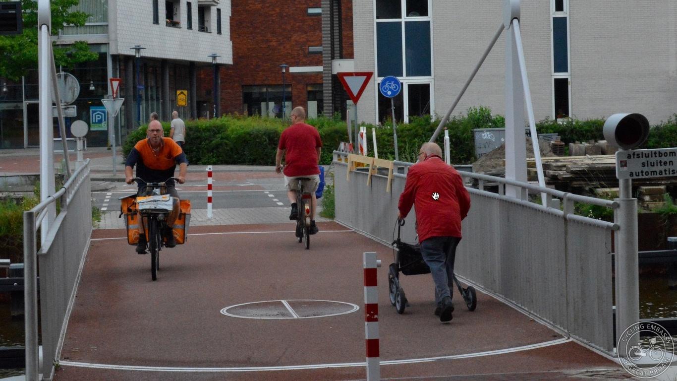 Narrow walking and cycling bridge Assen