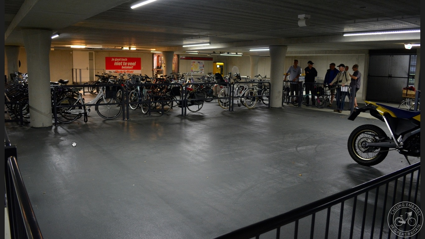 Cycle and motorbike parking new development Assen