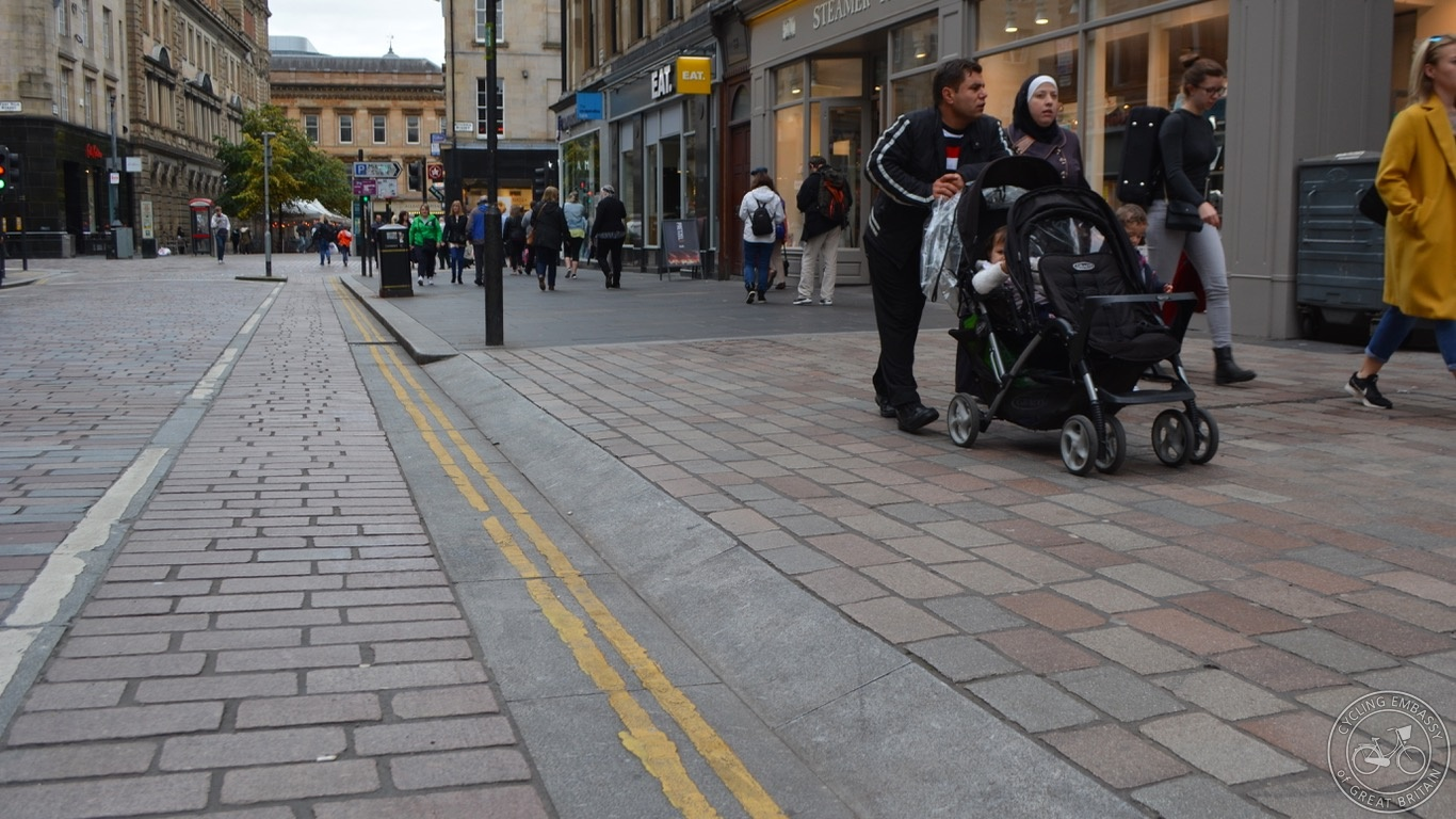 Glasgow continuous footway