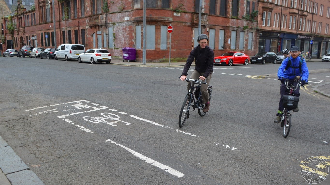 Glasgow bi-directional cycleway junction