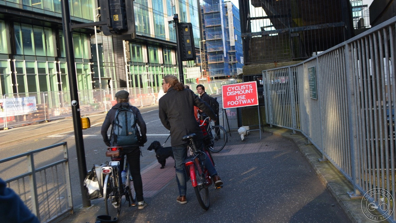 Glasgow Cyclists Dismount