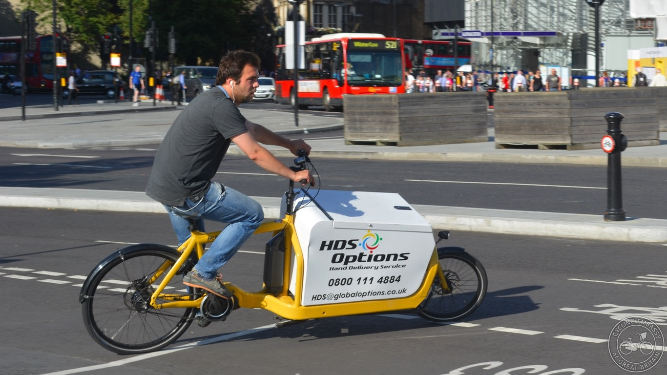 Two-wheeled business cargo bike